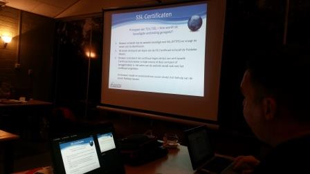 Wilco Alsemgeest geeft een presentatie over SSL certificaten