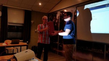 Jan bedankt Sander voor zn presentatie